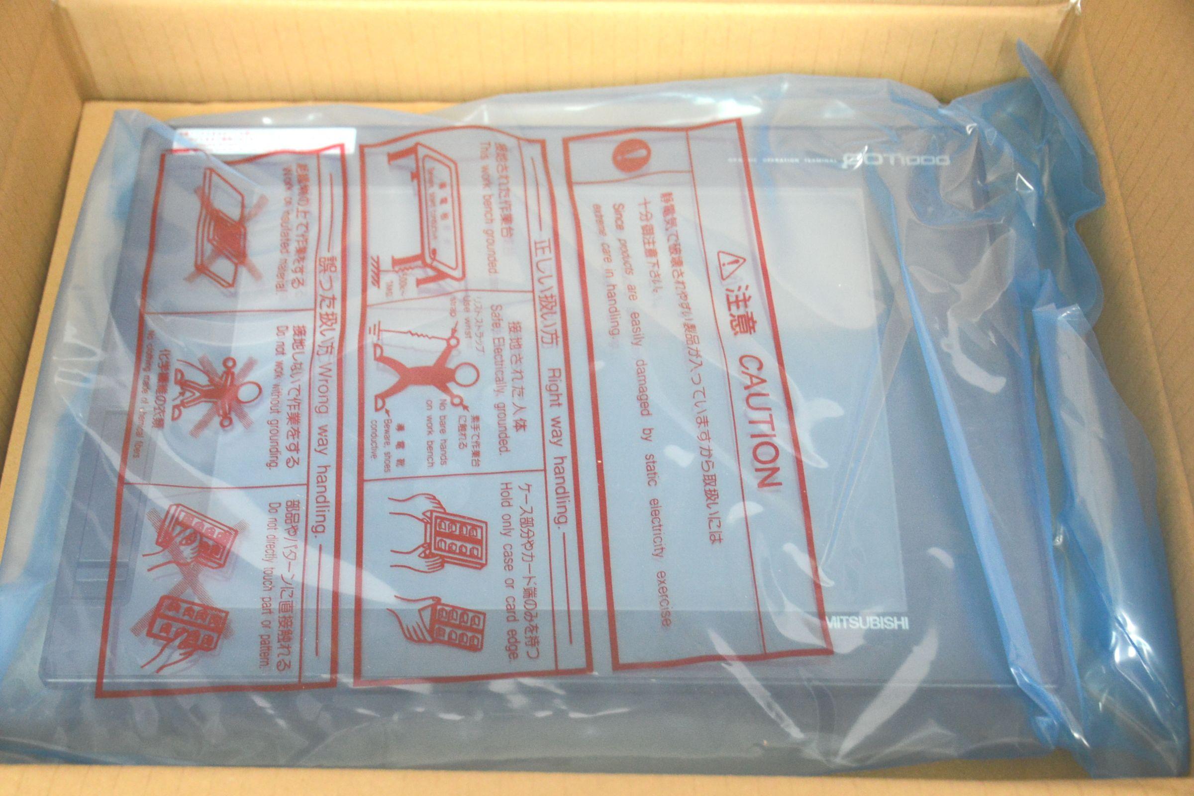 三菱電機 GT1675M-STBA 表示器 GOT タッチパネル 買い取りました